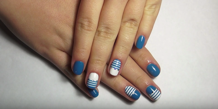 striped nail art is done